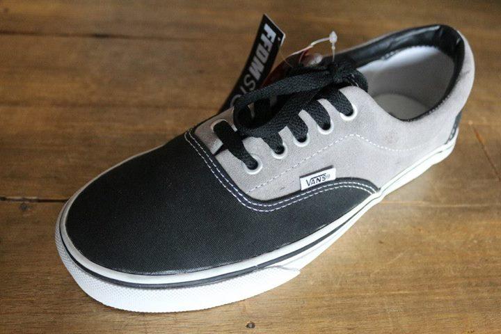 d47e4ca9ed4c9b Vans – Era grey Black ( HF ) IDR 450k size 8.5